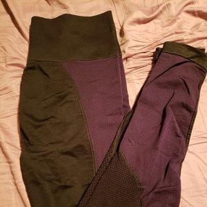 Demi Lovato Fabletics leggings